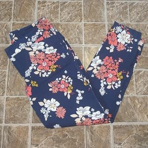 Old Navy Pixie Mid Rise Floral Pants